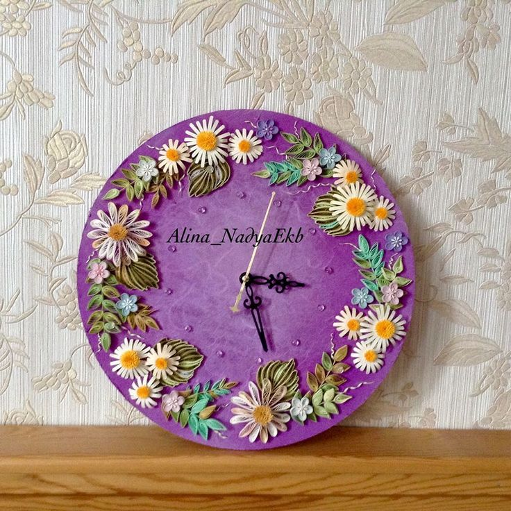 Clock with Floral Quilling Decorations - by: Alina Nadya Ekb