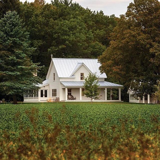 Best 25 White Farmhouse Exterior Ideas On Pinterest: Best 25+ Country Farmhouse Exterior Ideas On Pinterest