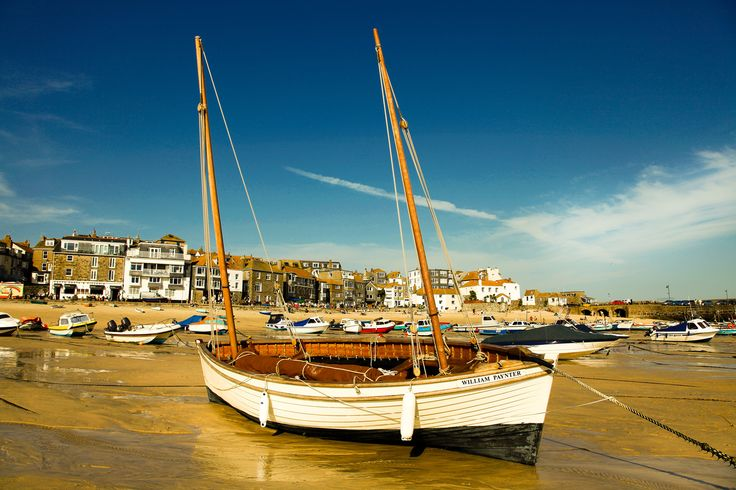 #StIves boat by Steve Hobson, #Cornwall #beach
