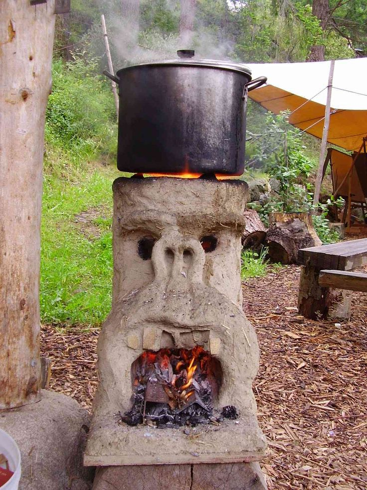making a simple rocket stove with all natural materials