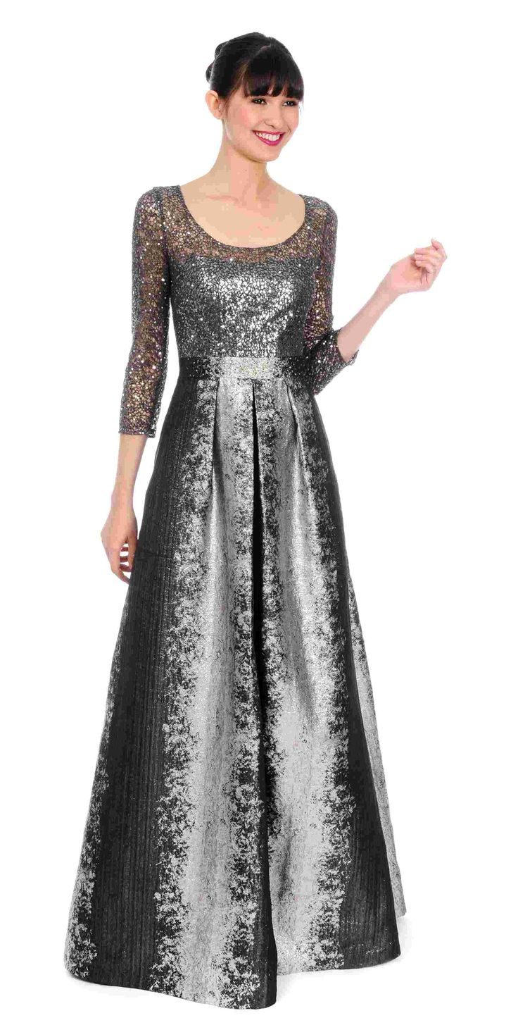 Kay Unger Evening Out Ball Gown $750 https://www.zindigoboutique.com/kay-unger-dresses/kay-unger-evening-ball-gown/ #Kayungergown #eveninggown