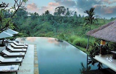 natural modern interiors: Komaneka Tanggayuda :: Ubud, Bali | I just love this place, we stayed here one Xmas and did not wish to leave! For more info http://naturalmoderninteriors.blogspot.com.au/2011/03/komaneka-tanggayuda-ubud-bali.html