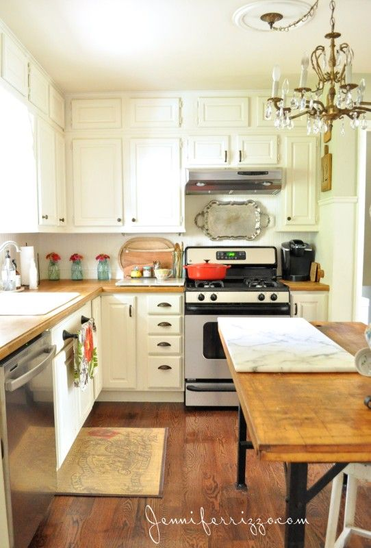 Jennifer Rizzo's gorgeous Fall kitchen