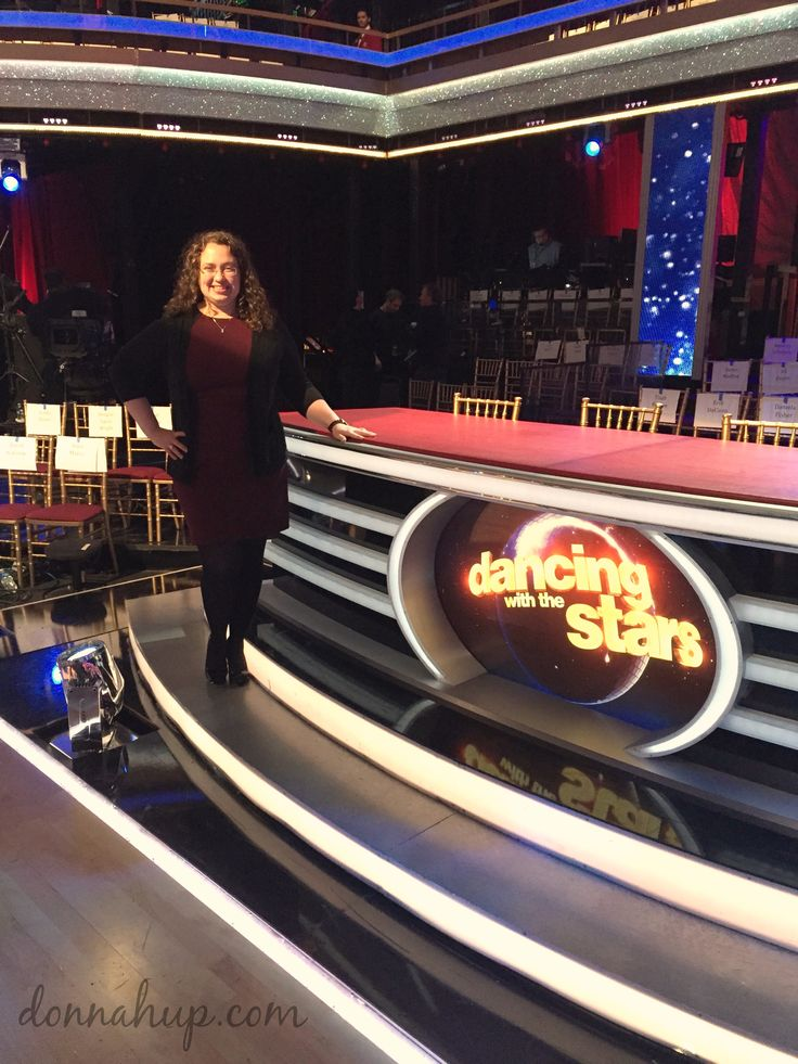 My Dancing with the Stars Experience - I had no idea about everything that went on behind the scenes. I got to be on set and even meet some of the dancers! via @donnahup