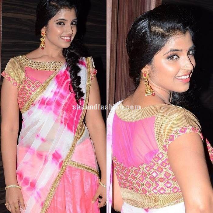 anchor Shyamala in pink half saree for Jyothilakshmi movie audio launch