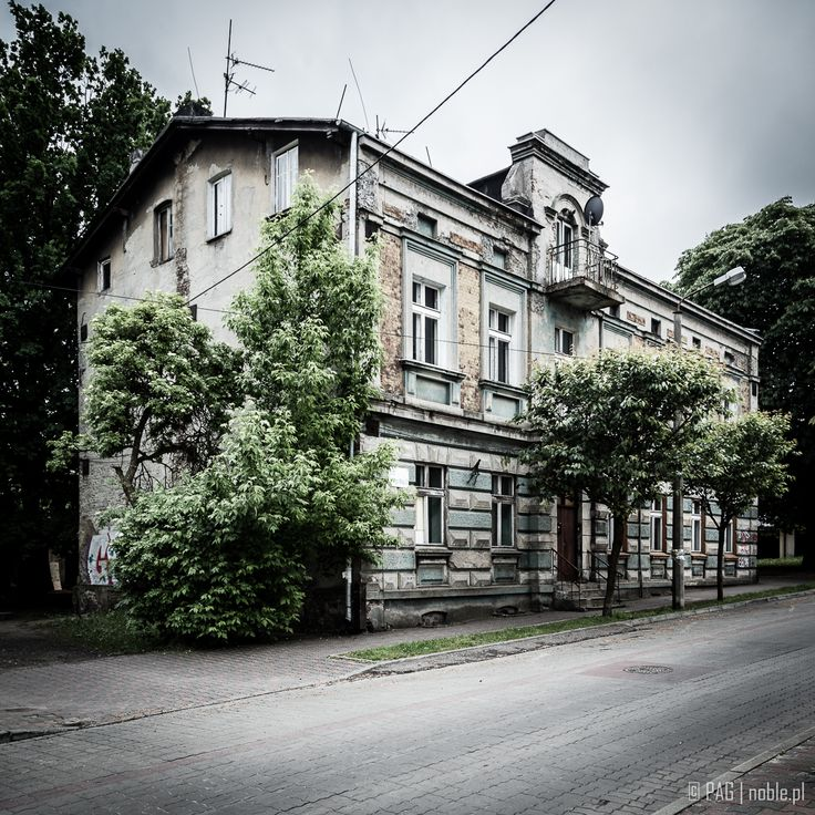 Lonesome house from Dabrowa Górnicza, southern Poland