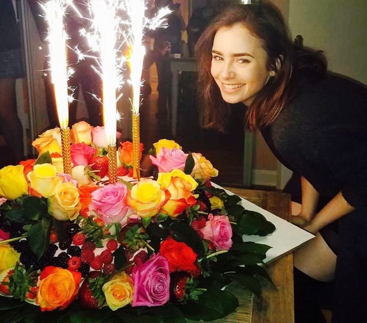 265 best lily Collins images on Pinterest Lilies Lily collins