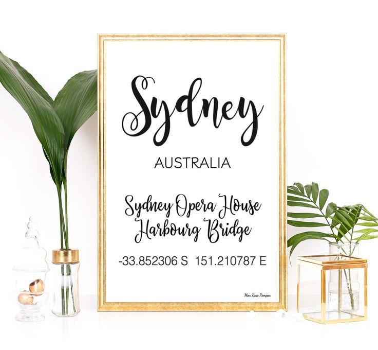 Affiche moderne design Sydney, Coordonnées GPS Sydney, Opéra de Sydney, Affiche typo, Affiche en noir et blanc, Décoration murale GPS par MonRosePompon sur Etsy https://www.etsy.com/fr/listing/491372336/affiche-moderne-design-sydney