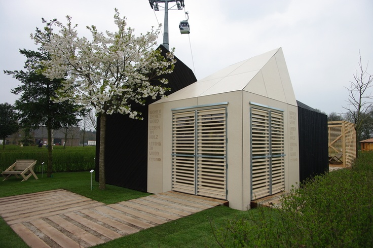 Wooden house auction: Estonian pavilion at Floriade