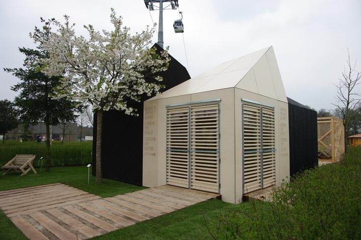 Wooden house auction: Estonian pavilion at Floriade