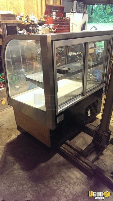New Listing: http://www.usedvending.com/i/Bakery-Display-Case-for-Sale-in-Michigan-/MI-O-161Q Bakery Display Case for Sale in Michigan!!!