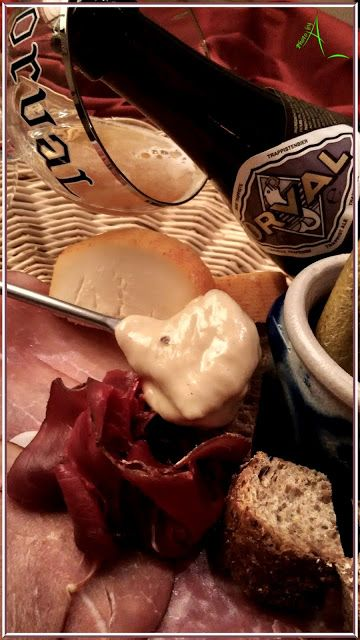 La fondue gaumaise de Christine http://www.lacuisinedechristine.com/2016/10/la-fondue-gaumaise-de-christine.html #recette #cuisine #lacuisinedechristine #food #orval #fondue