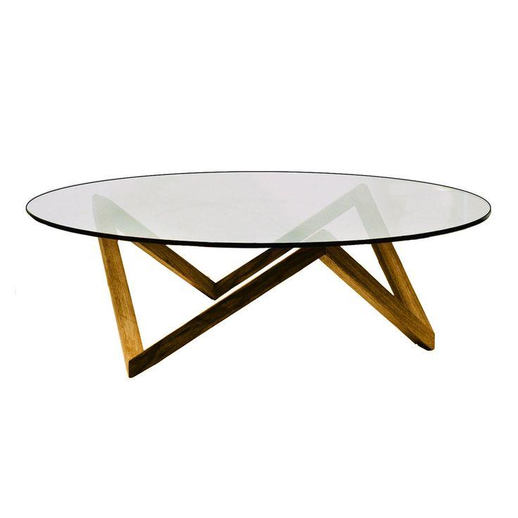 Sirius från Englesson är ett stilrent soffbord med klassiska linjer. Bordskiva av glas och underrede av massiv ek. Finns även med underrede i metall.