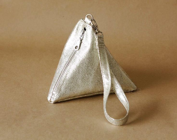 So chic: DIY pyramid wrist bag.