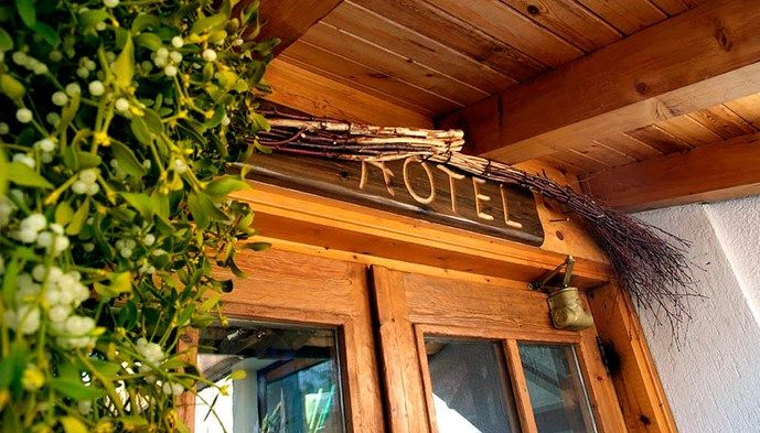 Hotel punta maquignaz sts alpresor v ra hotell p sts for Hotel meuble gorret