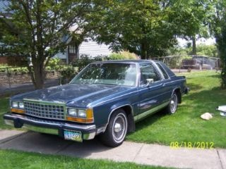 $3,300 Used 1986 Ford LTD Crown Victoria for sale in Ravenna Ohio VIN: 2FABP42F5GX119211 at LemonFree.com