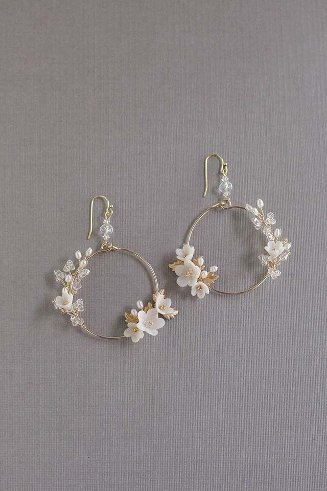 ALL ABOUT ROMANCE | FLEURS PETITES Bridal Statement Earrings