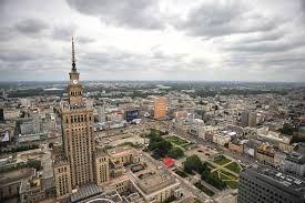 Stolica i największe miasto Polski, położone w środkowo-wschodniej części kraju, na Mazowszu, nad Wisłą.   zdjęcie / źródło: polskastoleczna.pl