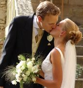Good website for abroad weddings: checklists/planners etc