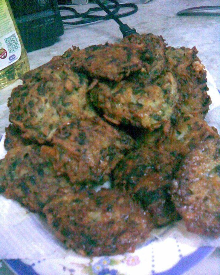 Latkes de Papa :http://www.recetasjudias.com/latkes-de-papa/