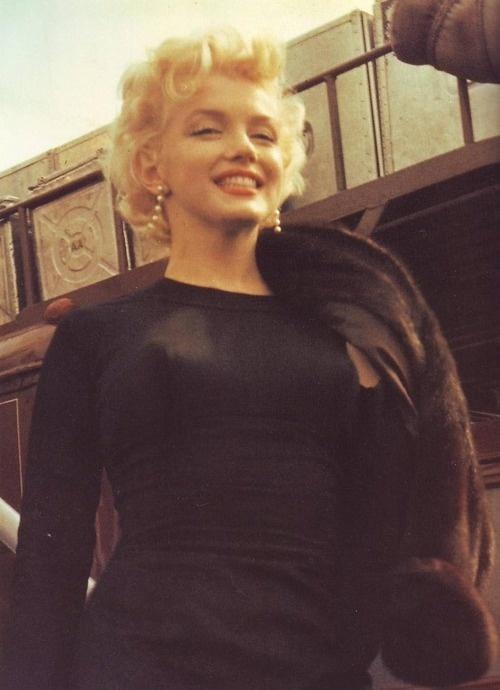 so adorable and very easy: Marilyn Monroetimeless, Inspirerand Girls, Marilyn Norma, Marilyn Monroe Photos, Norma Jeans, Marilynmonro Photos, Marylin Monroe, New York, Marilyn Photographers