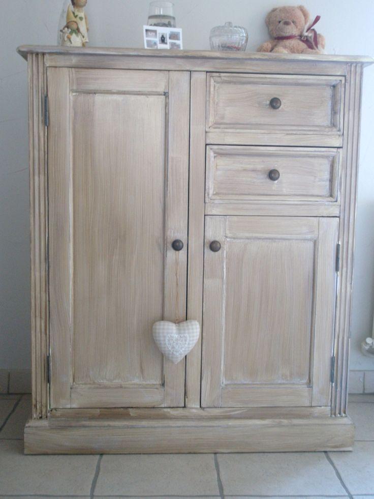 Les 25 meilleures id es de la cat gorie repeindre meuble sur pinterest mobilier peinture la for Peindre une armoire