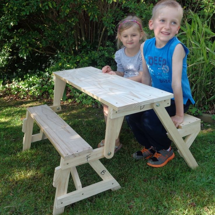 Kids size folding picnic table ($5 value plans)