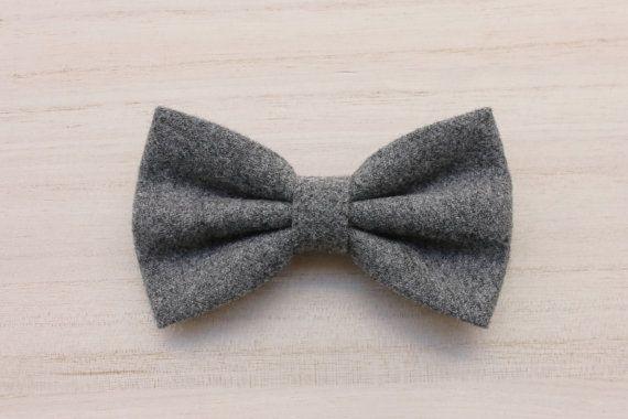 Papillon grigio in lana per uomocravattino per di ScoccaPapillon