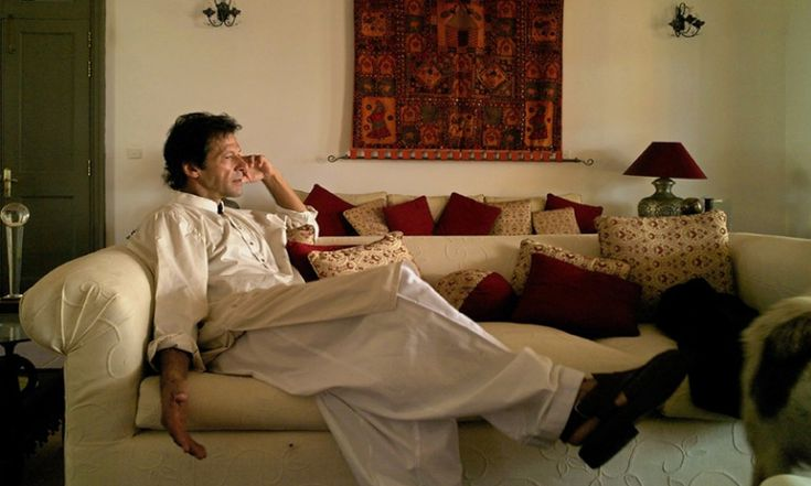 ISLAMABAD - The Islamabad Electric Supply Company (IESCO) cuts off power supply to Pakistan Tehreek-e-Insaf (PTI) chairperson Imran Khan's residence in Bani Gala, Islamabad, PakistanTribe.com reported.  Three connections to the PTI chief's residence were cut off today (Monday, September 13, 2014).  According to the PakistanTribe.com's correspondent from Islamabad, in September, IESCO had served a notice to PTI chief, issuing him a warning that power supply will be disconnected if dues for…