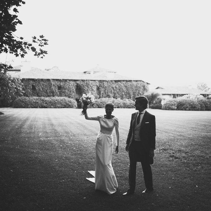 La boda de Paula y Guille en Asturias | Casilda se casa