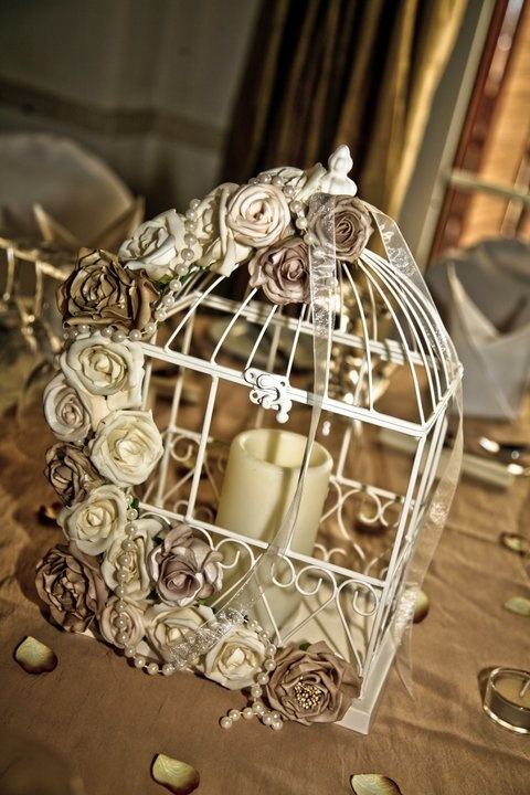 birdcage with flowers and pearls 2