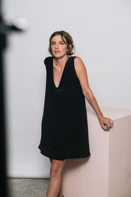 MINIMAL + CLASSIC: elizabeth suzan - easy dress.  Could be winter too with tights or leggings and a top.