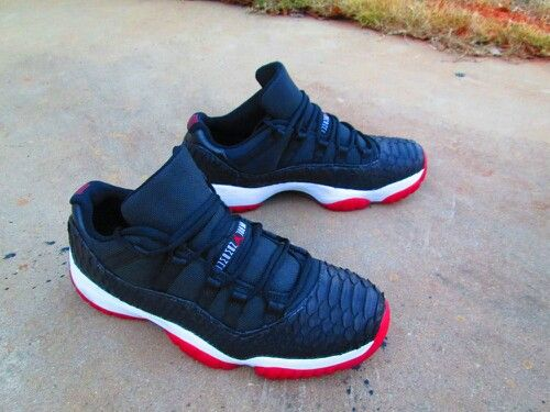 air jordan 11 low black python africa