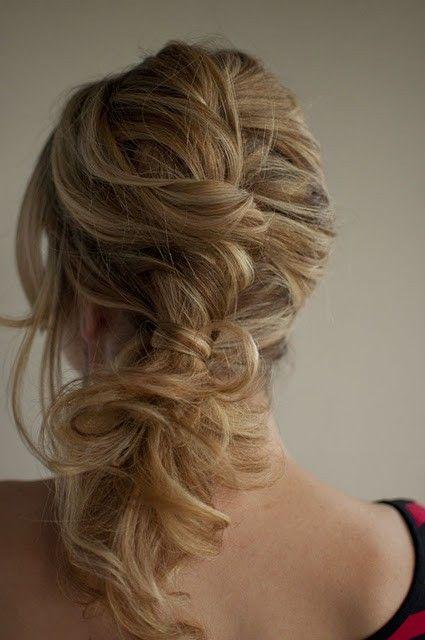 @Kristin Goetz - My bridesmaid hair style!!
