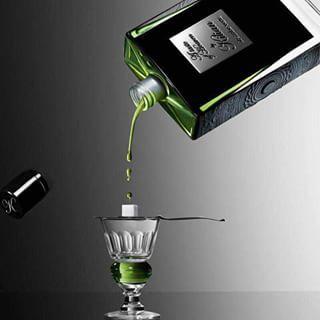 A taste of Heaven .. Kilian #niche #profumo #parfumerie #artofperfume #fragrances #Kilian #essence #olfactory  #scentednotes #fashionable #beauty #scent #instachic #instacool #instalike #profumiecibo #PPC #Parma #profumo #profumeriadinicchia #igdaily #igersoftheday #parfum #Parma #eaudeparfum #heaven #parfumlovers #parfumaddict #perfumeoriginal #perfumelovers