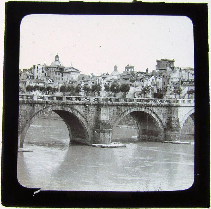Ponte Sant'Angelo (1900 circa).