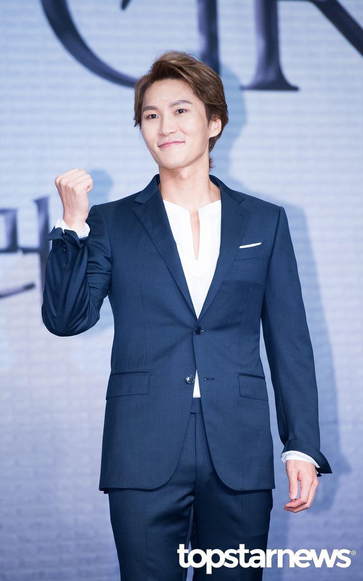 [HD포토] 박은태 헨리 워튼의 자상한 미소 #topstarnews