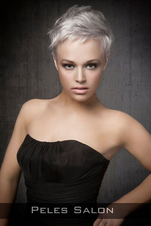 Pixie Hairstyle for Thin Hair with Texture