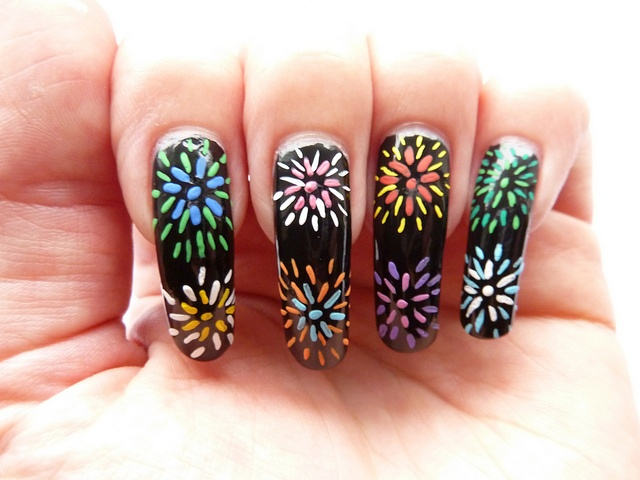 The 25 best firework nail art ideas on pinterest firework nails rainbow fireworks nail art by englishroseamongthorns via flickr prinsesfo Gallery