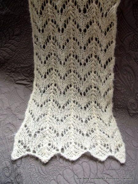 Écharpe tricot, point de feuilles ajouré, tuto.