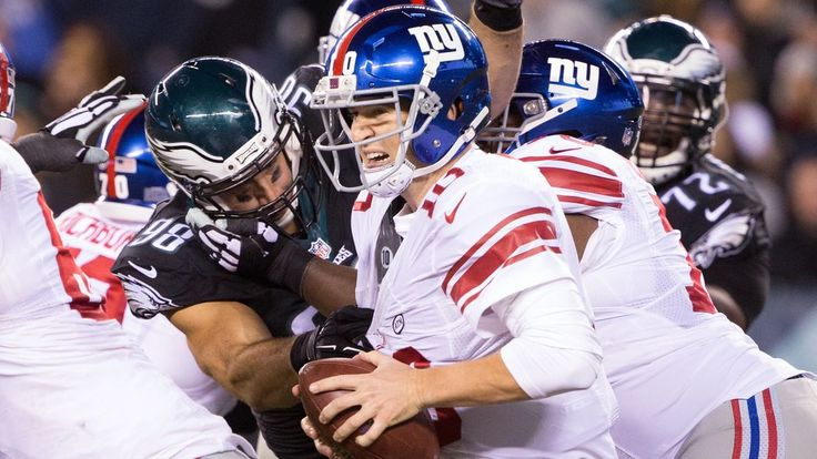VIDEO:  Giants vs. Eagles 2015 final score: Philadelphia takes control of NFC East with 27-7 win -  By Louis Bien  @louisbien on Oct 19, 2015, 11:38p -     The Eagles won an ugly game to advance to the top of the NFC East standings.