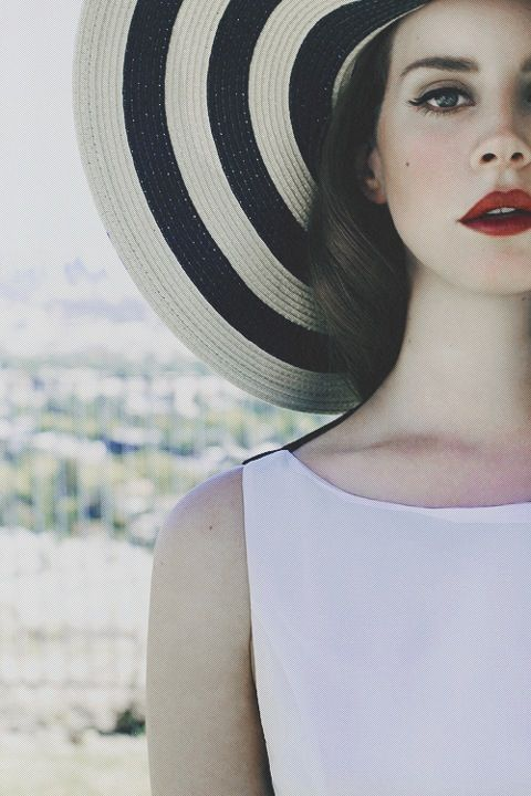 Lana del Rey outfit inspiration: White skater/midi dress with black and white big hat