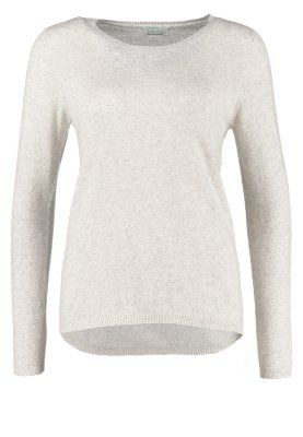 Benneton Sweater. Mine is a tight-fit model though, but the colour is the same. November 2014.