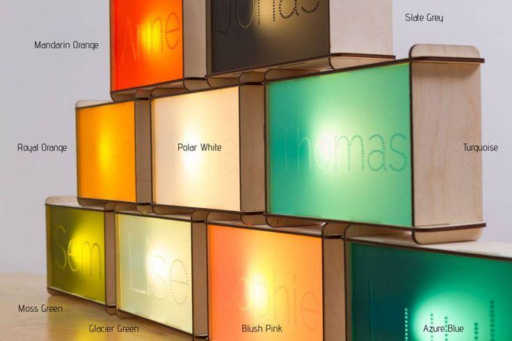 Naamlamp van Cre8 - Minirockstar - Originele en eigentijdse collecties voor urban kids. 50 euro