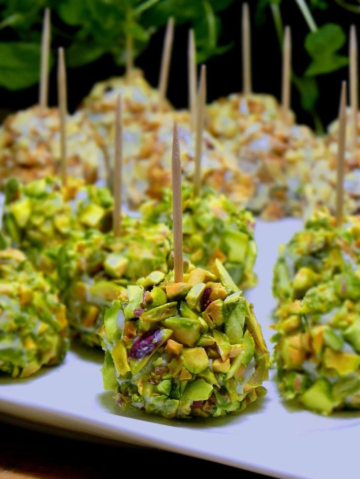 Fabryka Kulinarnych Inspiracji: Serowe kuleczki w orzechach