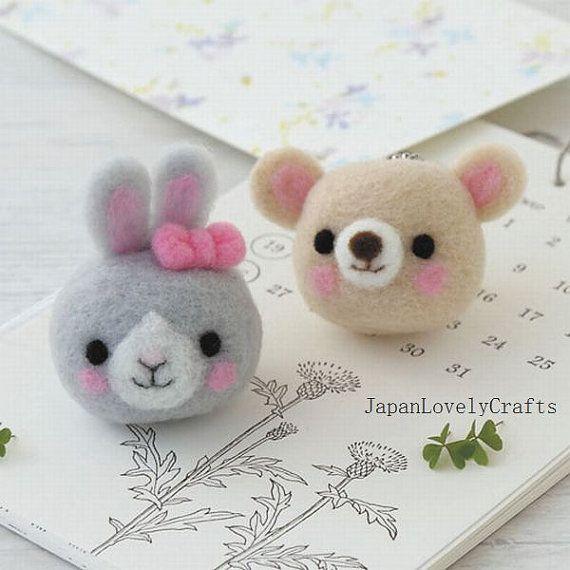 Bunny  Bear Strap  Japanese Needle Acrylic por JapanLovelyCrafts
