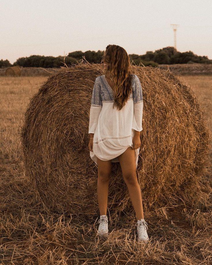 ключом идеи для фото возле стогов сена несколько