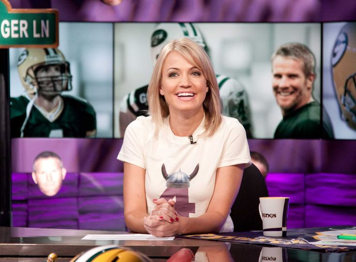 Talking Spurs, love for Kawhi Leonard and marriage with ESPN personality Michelle Beadle.