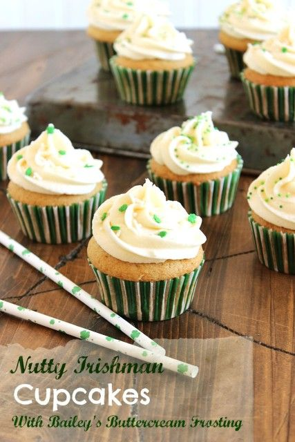 These Nutty Irishman Cupcakes with Bailey's Buttercream Frosting are the perfect way to celebrate St. Patrick's Day this year. | The Suburban Soapbox