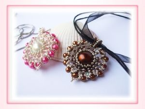 diy Reni's Heart pendant tutorial - find it free on the blog! (Scheduled via TrafficWonker.com)